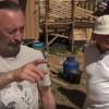 Ефимов В.А. в хозяйстве у Фролова Ю.А. в Пушкинских Горах 8 мая 2016 г. 2 часть — показ хозяйства